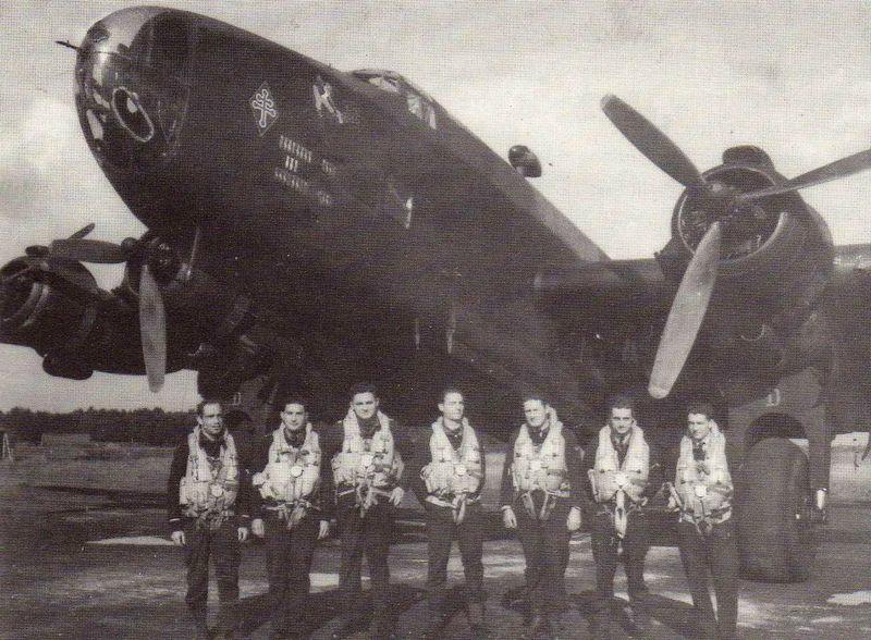 Halifax NA 121 H7- D and crew: L-R Pilot Adjutant. R. Guise (KIA);  Commander Lt. Maurice Dabadie (KIA); Sous Lt. Alfred Pothuau (KIA); Sgt. A. Alavoine (PoW); Sgt. Henro Lelong (KIA);  Sgt. Jacques Vautard (PoW); Sgt. Marcel Vega (KIA)